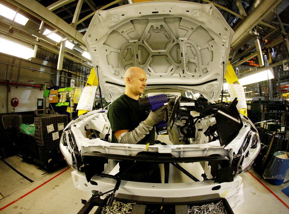 Jaguar Land Rover has given its workers an inflation-busting pay rise