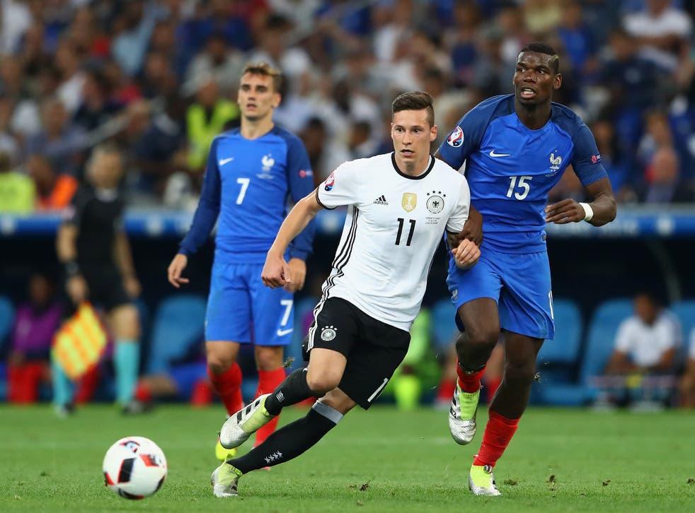 Julian Draxler will hold talks with Wolfsburg regarding his future