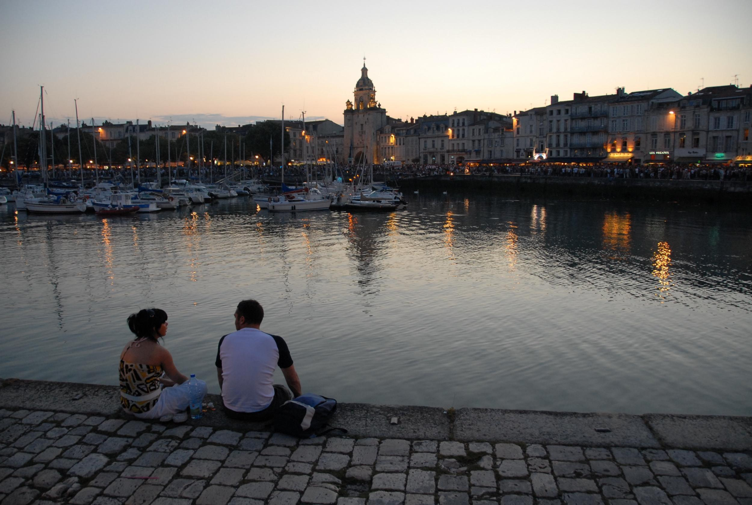 Populaire 48 Hours in La Rochelle: restaurants, hotels and places to visit  VU07