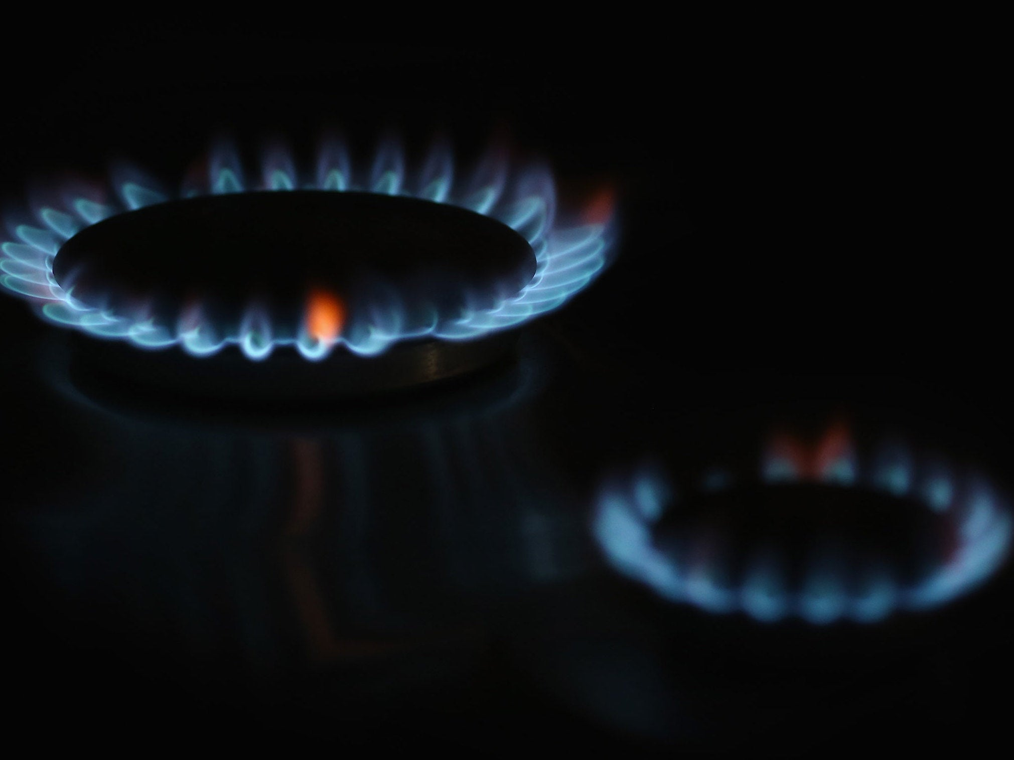Centrica wraps up annus horribilis on FTSE 100 doormat