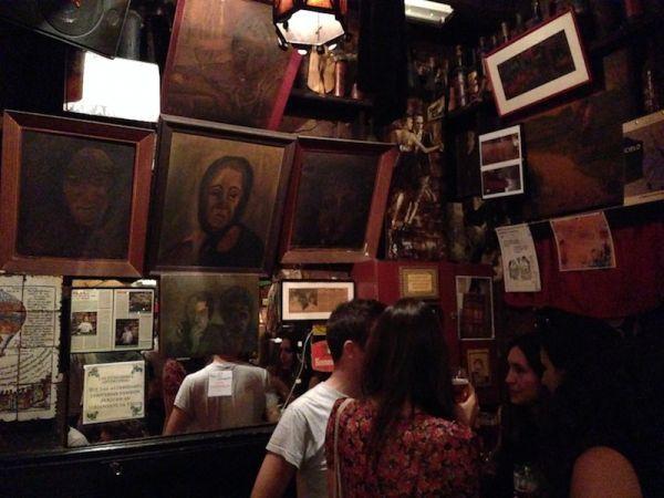 hookup bars in barcelona