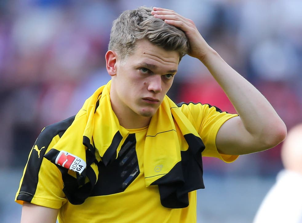 Matthias Ginter is in preliminary talks over a summer move