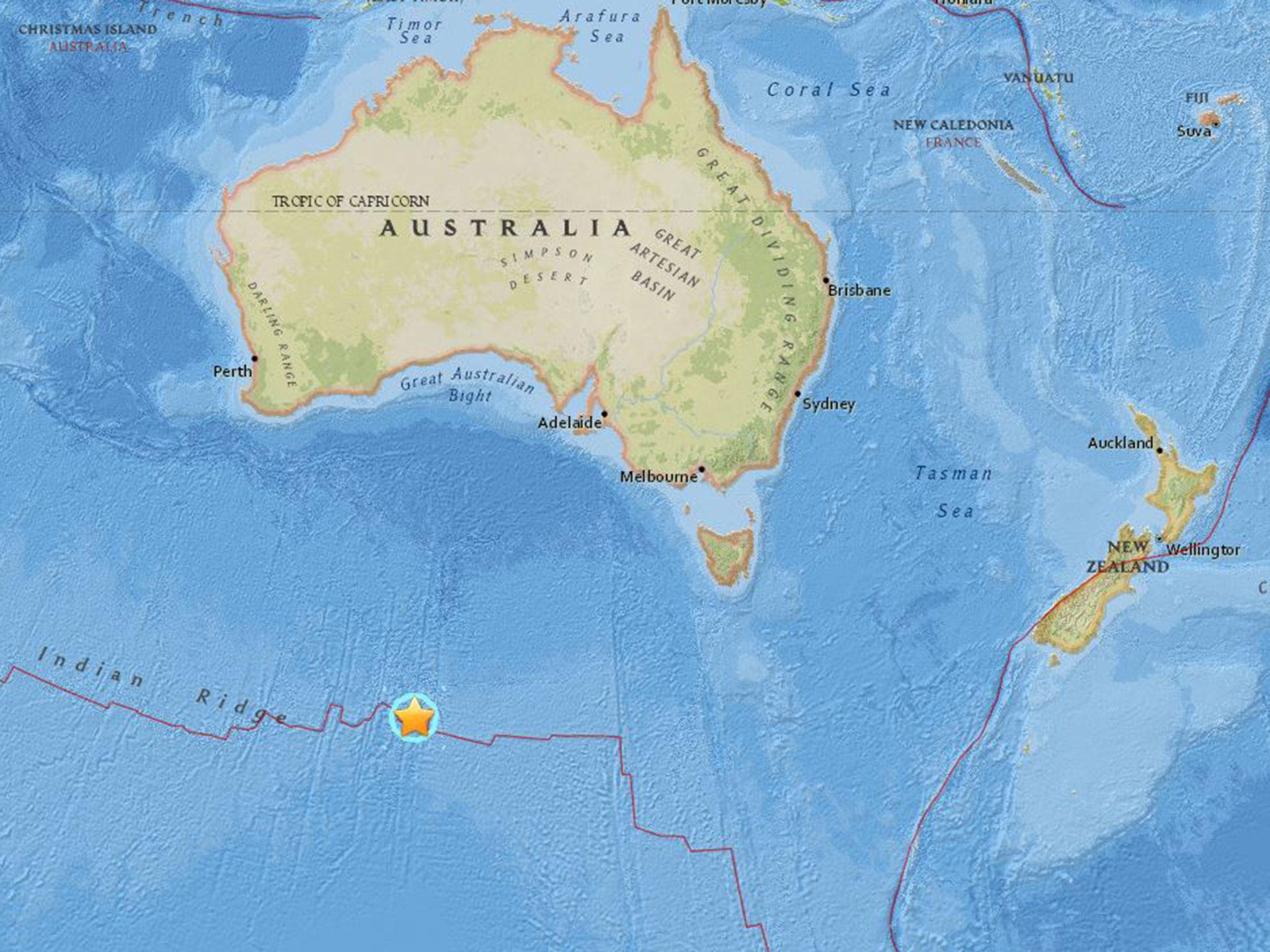 earthquake in australia Australia also averages an ml 55 every two years and an ml 60 every five years australia's most damaging earthquake occurred at newcastle nsw in 1989 when an ml 56 earthquake resulted in 13 deaths, 150 injuries and $3 billion in damage.