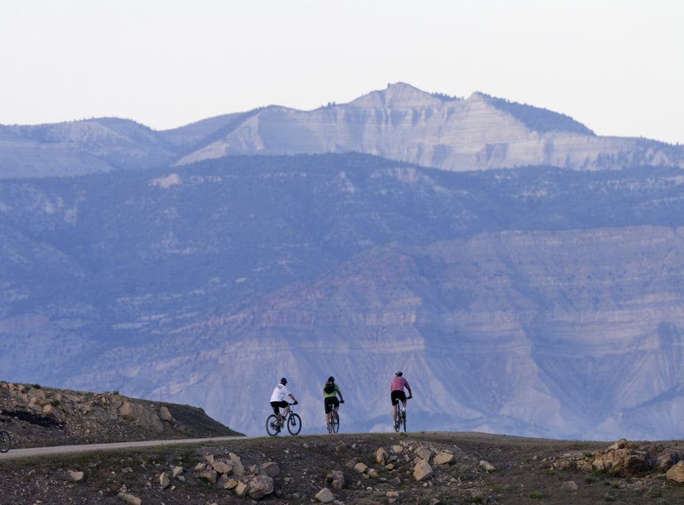 Hire a bike to find the perfect spot on the beautiful Western Slope