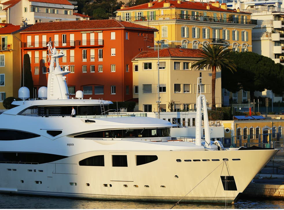 Senior military personnel stayed on a luxury superyacht