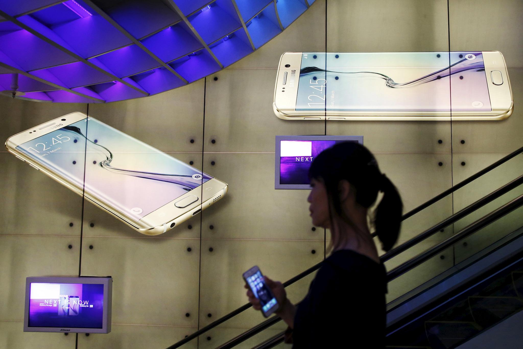 Apple and Samsung fight in US Supreme Court in battle that could decide the future of tech