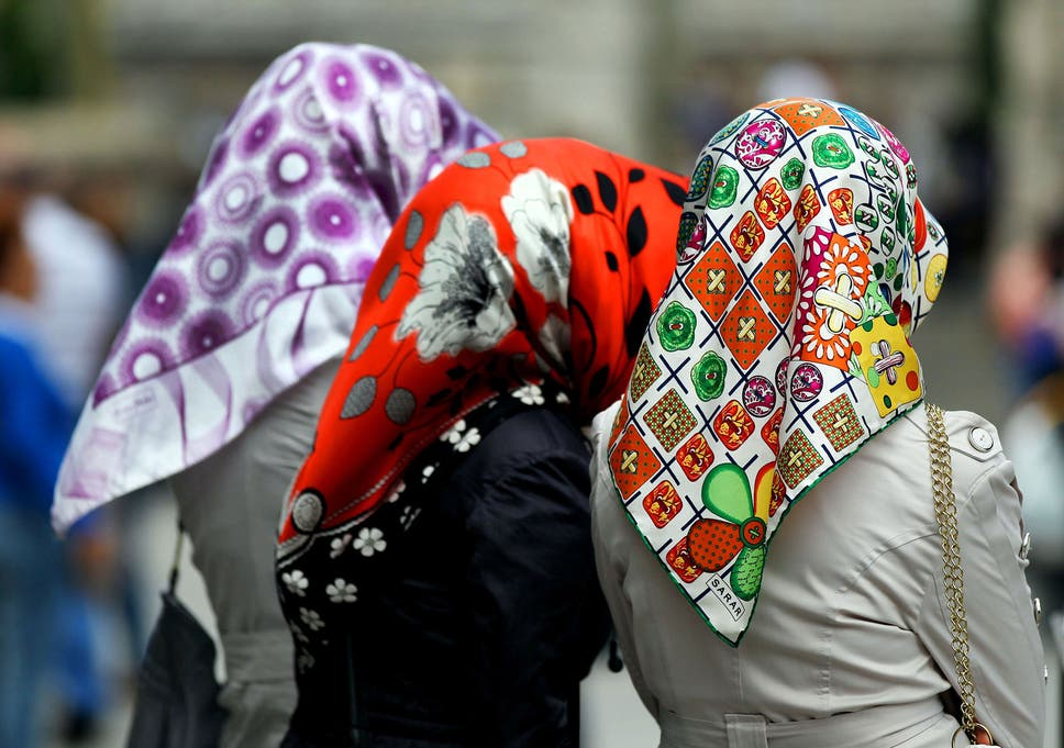 German Judges Call For Headscarf Ban In Court To Show Neutrality