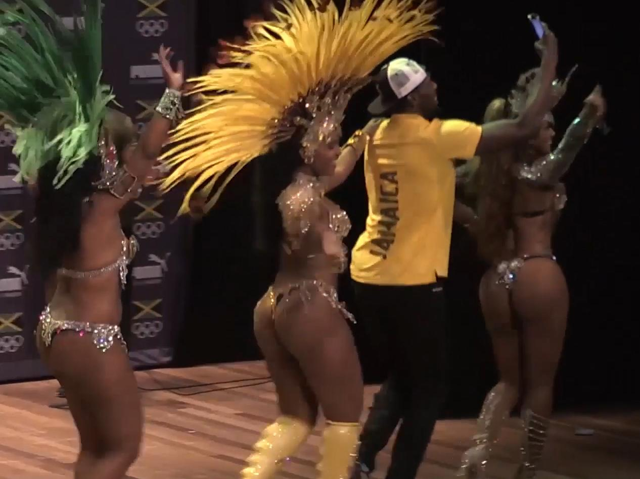 Rio 2016: Usain Bolt says he's relaxed before 100m race – and proves it via  samba dancing | The Independent