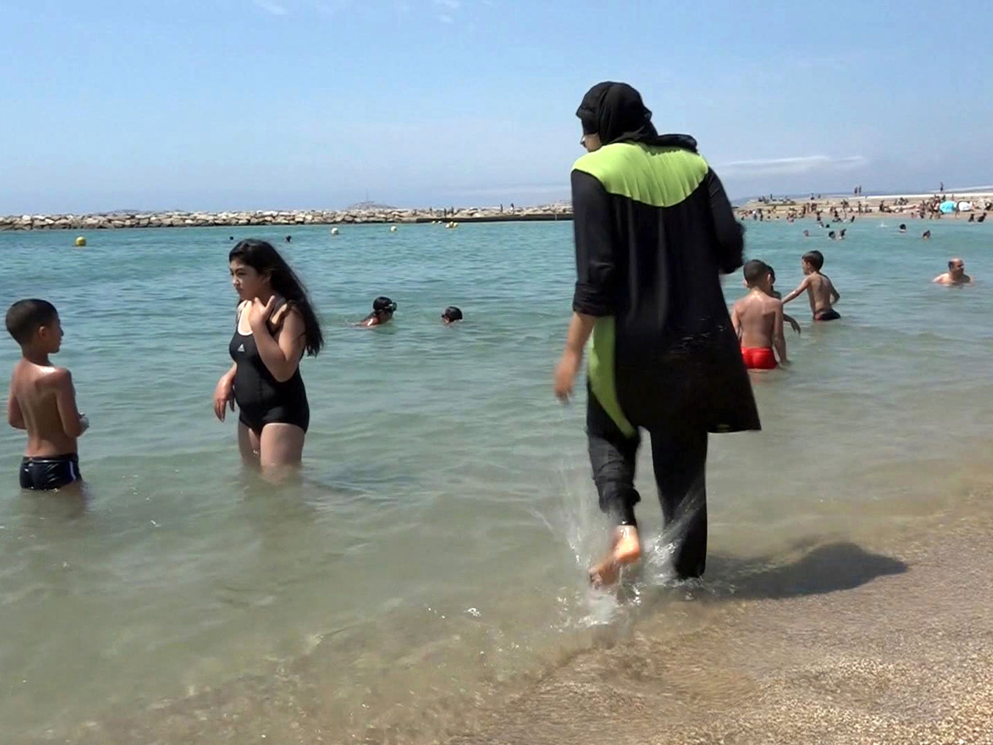 In Nice and several provinces of France banned swimming in hijab