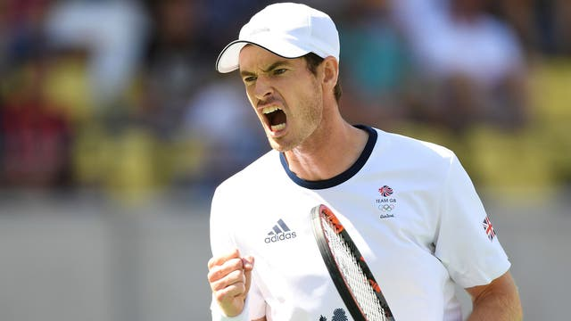 Andy Murray celebrates his victory over Kai Nishikori to reach the men's Olympic final.