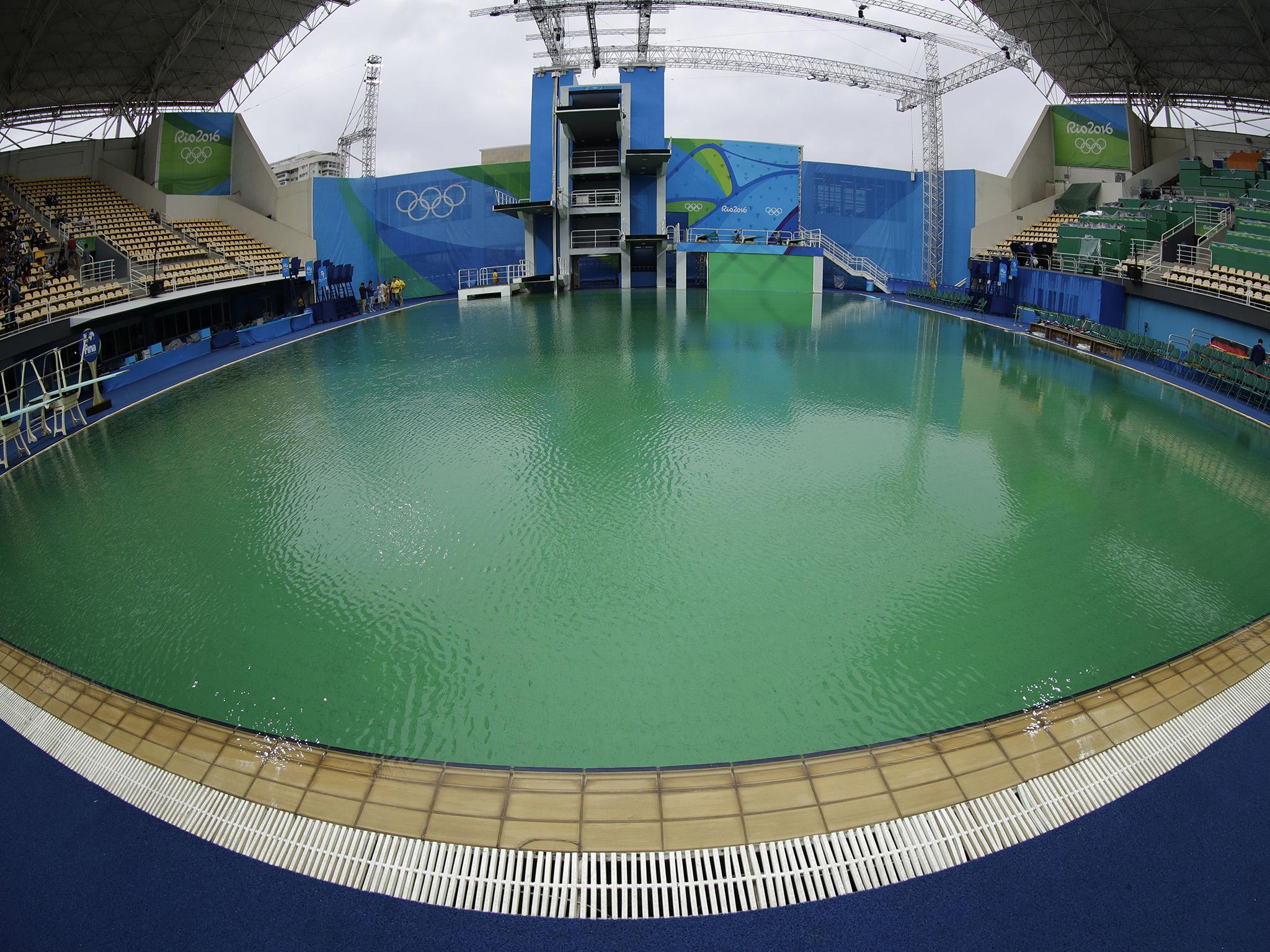 rio 2016 green olympic pool drained as organisers reveal hydrogen peroxide caused colour change the independent