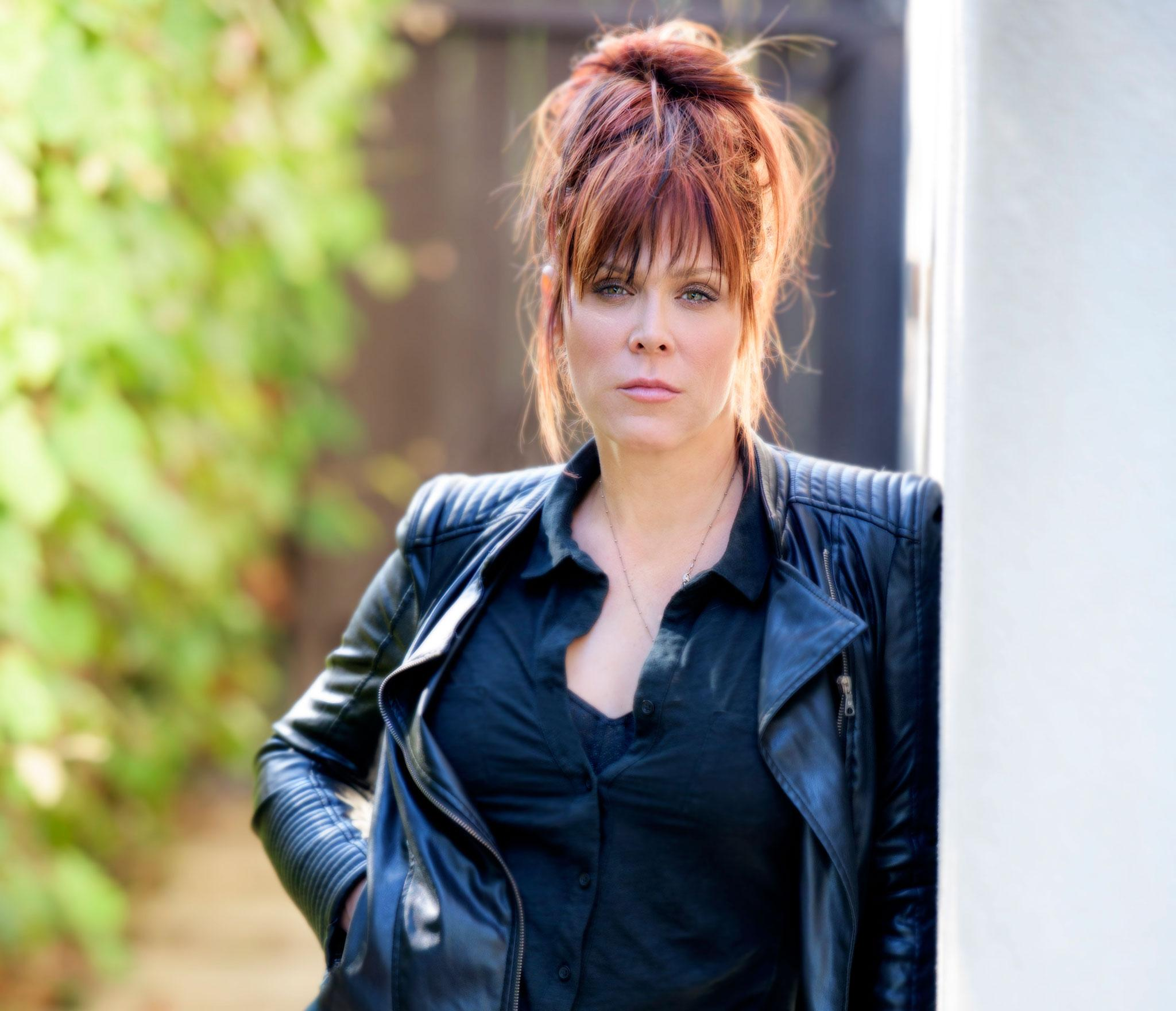 Beth Hart Unveils Lyric Video For Fire On The Floor
