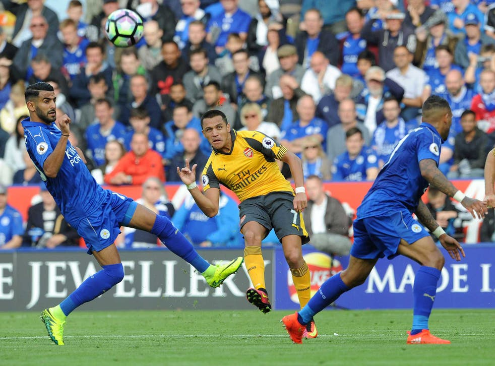 Alexis Sanchez tries to carve out an opening for Arsenal at Leicester City