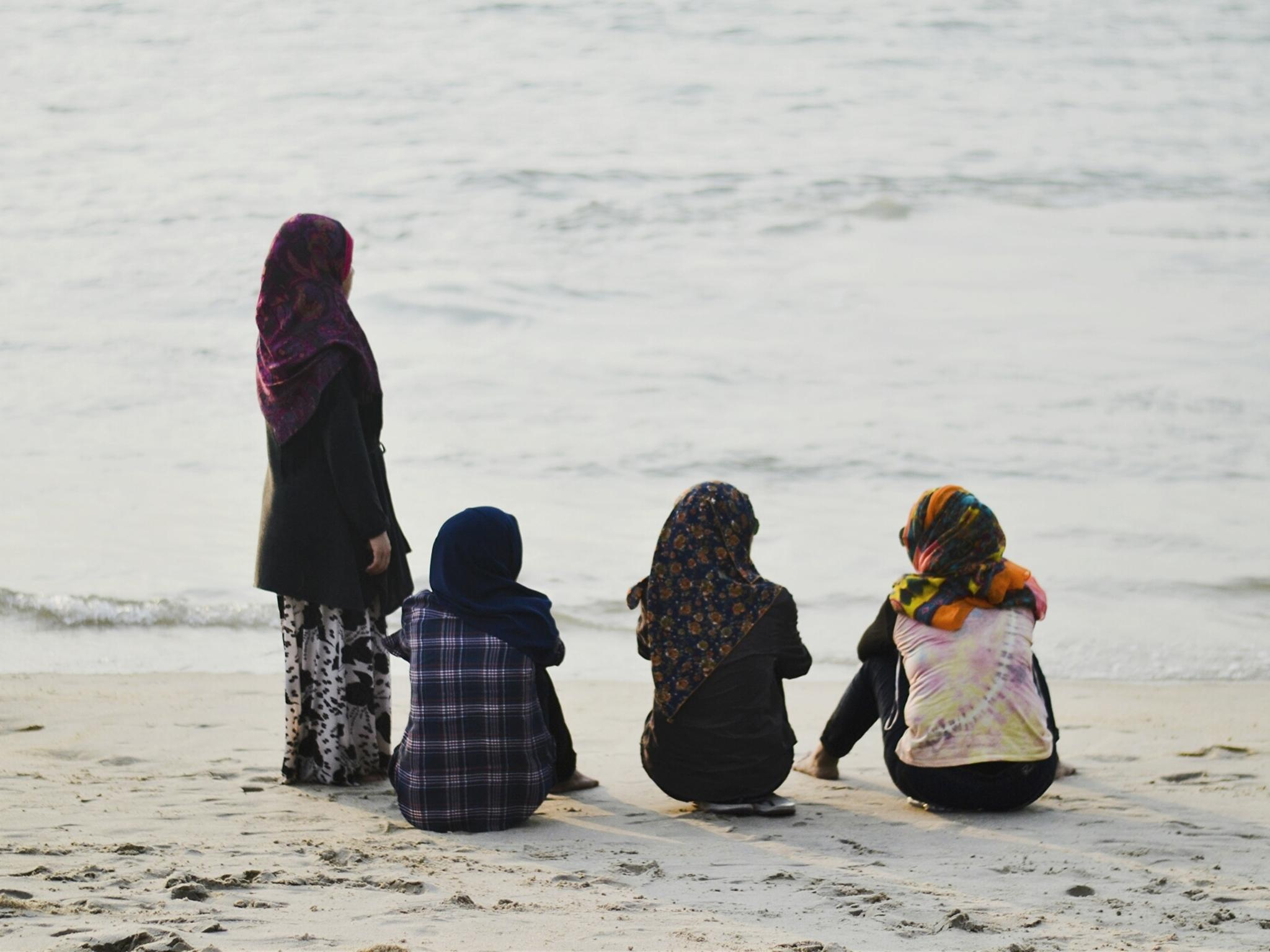 york beach muslim personals Access new york, new york personal ads with personal messages, pictures, and voice recordings from singles that are anxious to meet someone just like you free chat rooms , and dating tips  create your own free member profile today with photos, audio, or video today.