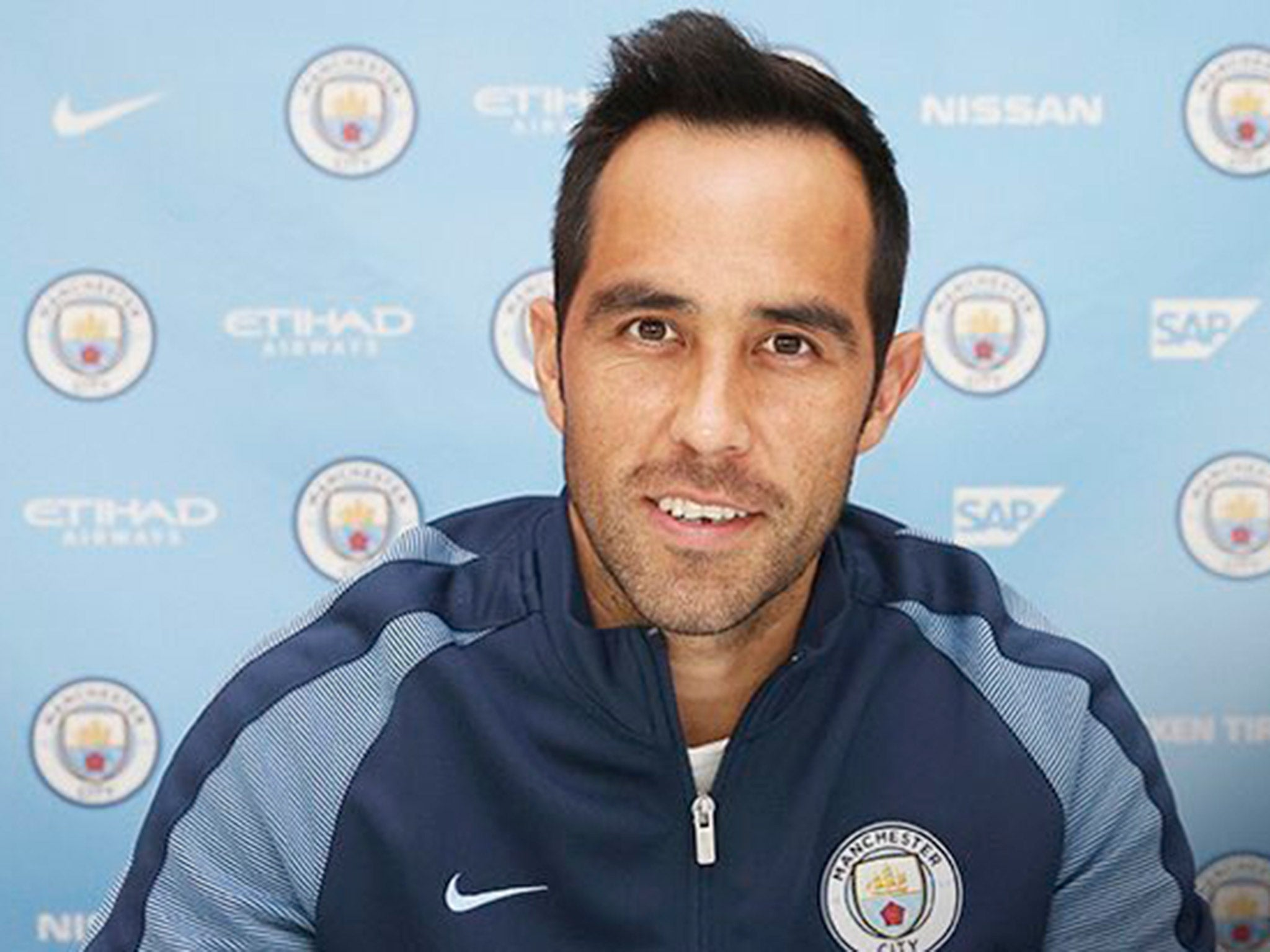 Claudio Bravo to Manchester City Barcelona goalkeeper joins for