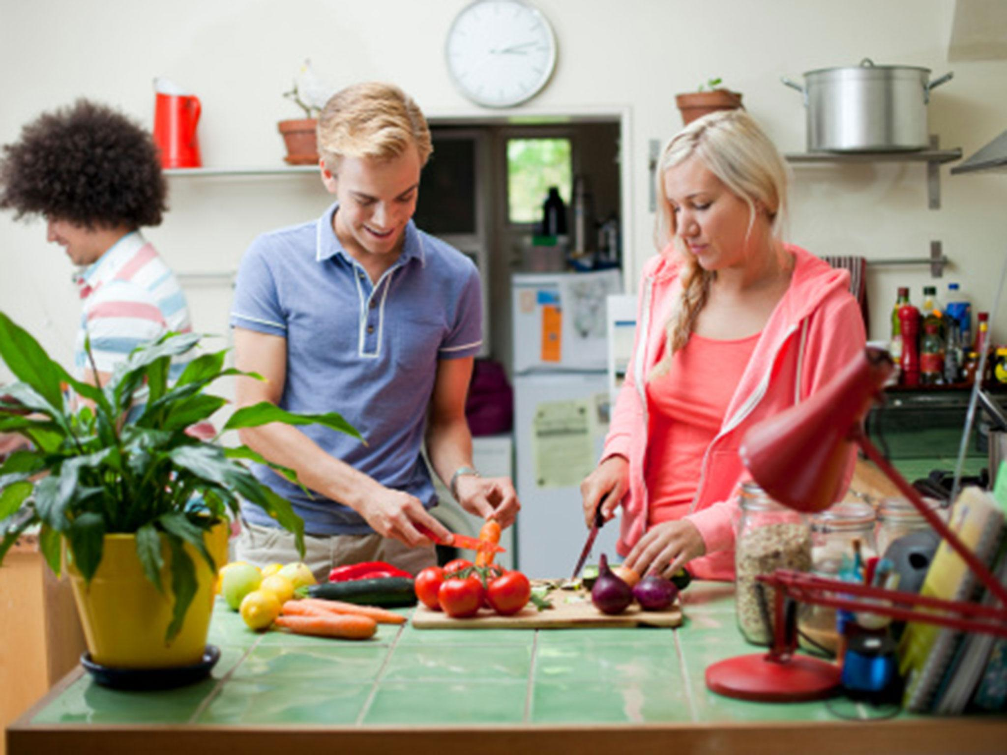15 best student kitchen essentials