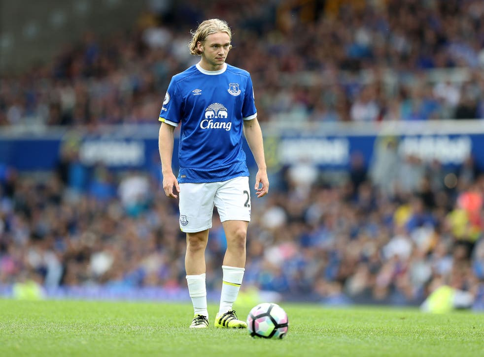 Tom Davies is on the verge of breaking into the Everton first team