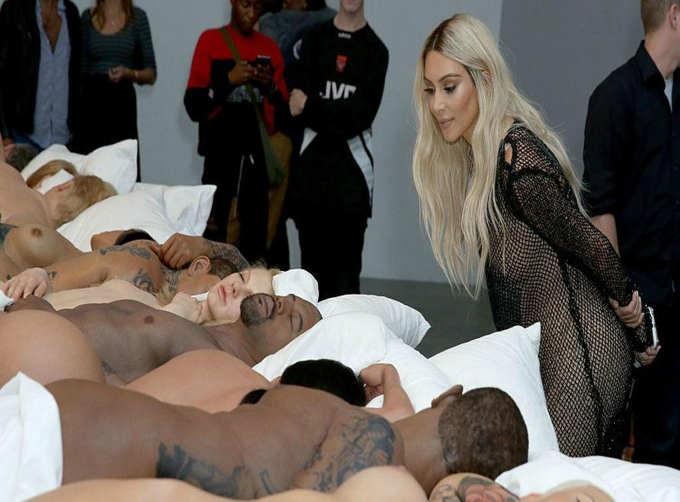 Kanye S Famous Sculpture Ft Naked Taylor Swift Selling For 4m The Independent The Independent
