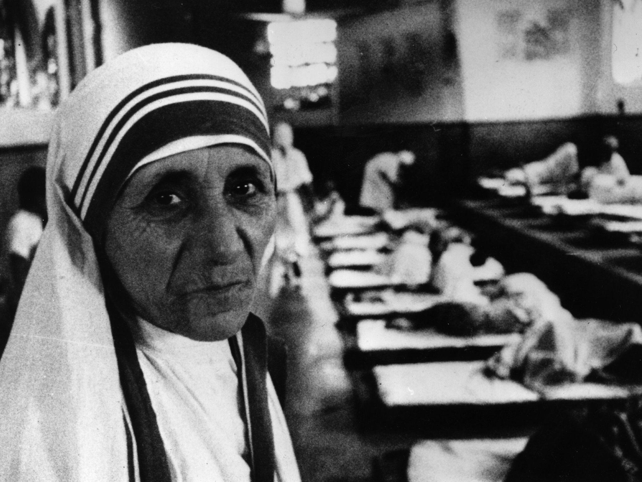 mother teresa becomes saint after pope francis declaration at  mother teresa becomes saint after pope francis declaration at vatican the independent