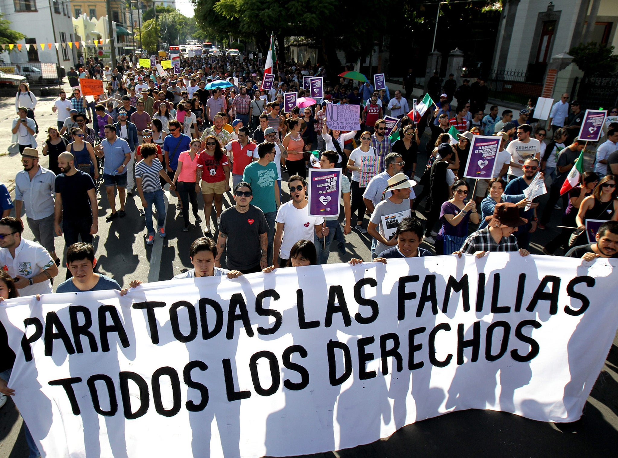 Mexican boy stands up to 11,000 anti-LGBT protesters in