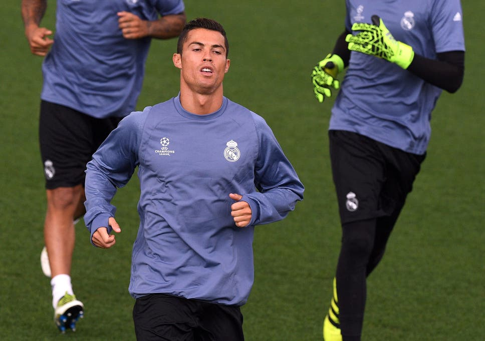 best loved 4df7a 23fd9 Real Madrid vs Sporting Lisbon: Cristiano Ronaldo starts new ...