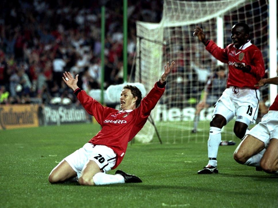 Ole Gunnar Solskjaer esulta dopo aver segnato il gol decisivo nella finale di Champions League contro il Bayern Monaco nel 1999. Foto: Getty Images.