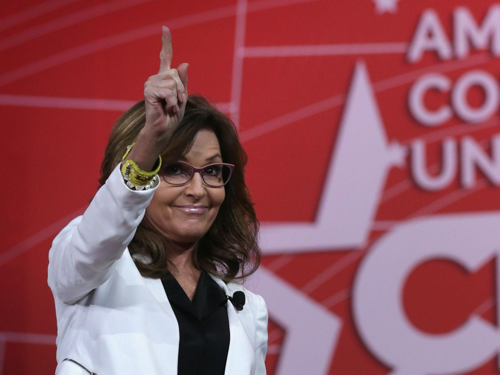 Donald Trump 'considering' Sarah Palin for Veterans Affairs ...