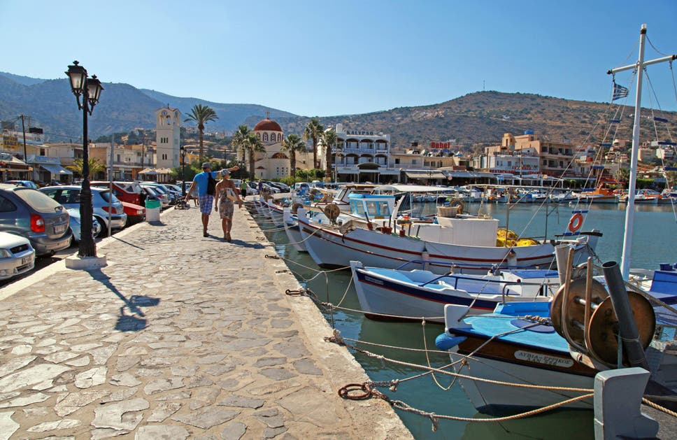 There Plenty Of Tavernas In Elounda But The Best Cretan Cuisine Is To Be Found