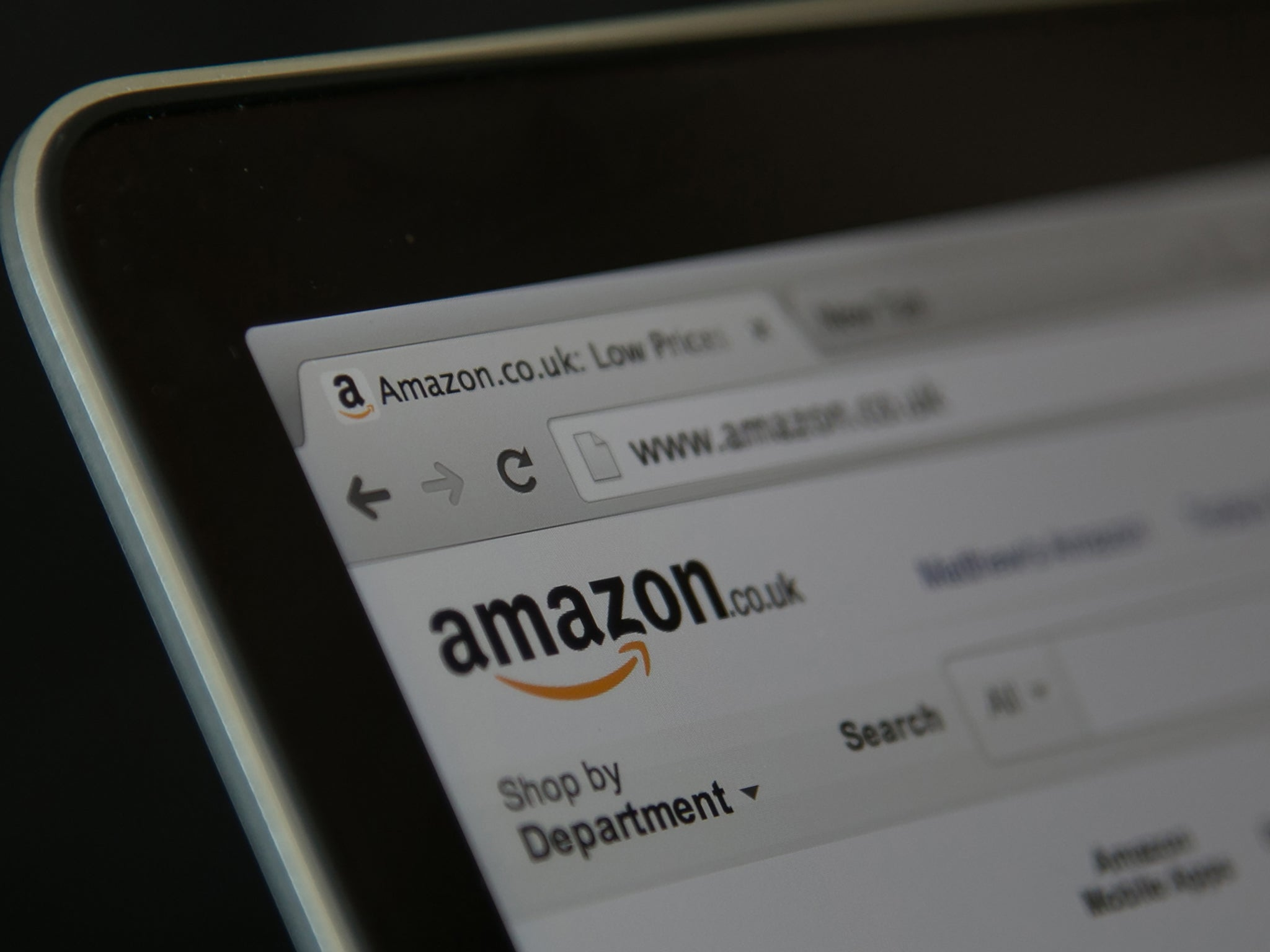 Amazon urged to remove blackface fancy dress costume ahead of halloween the independent