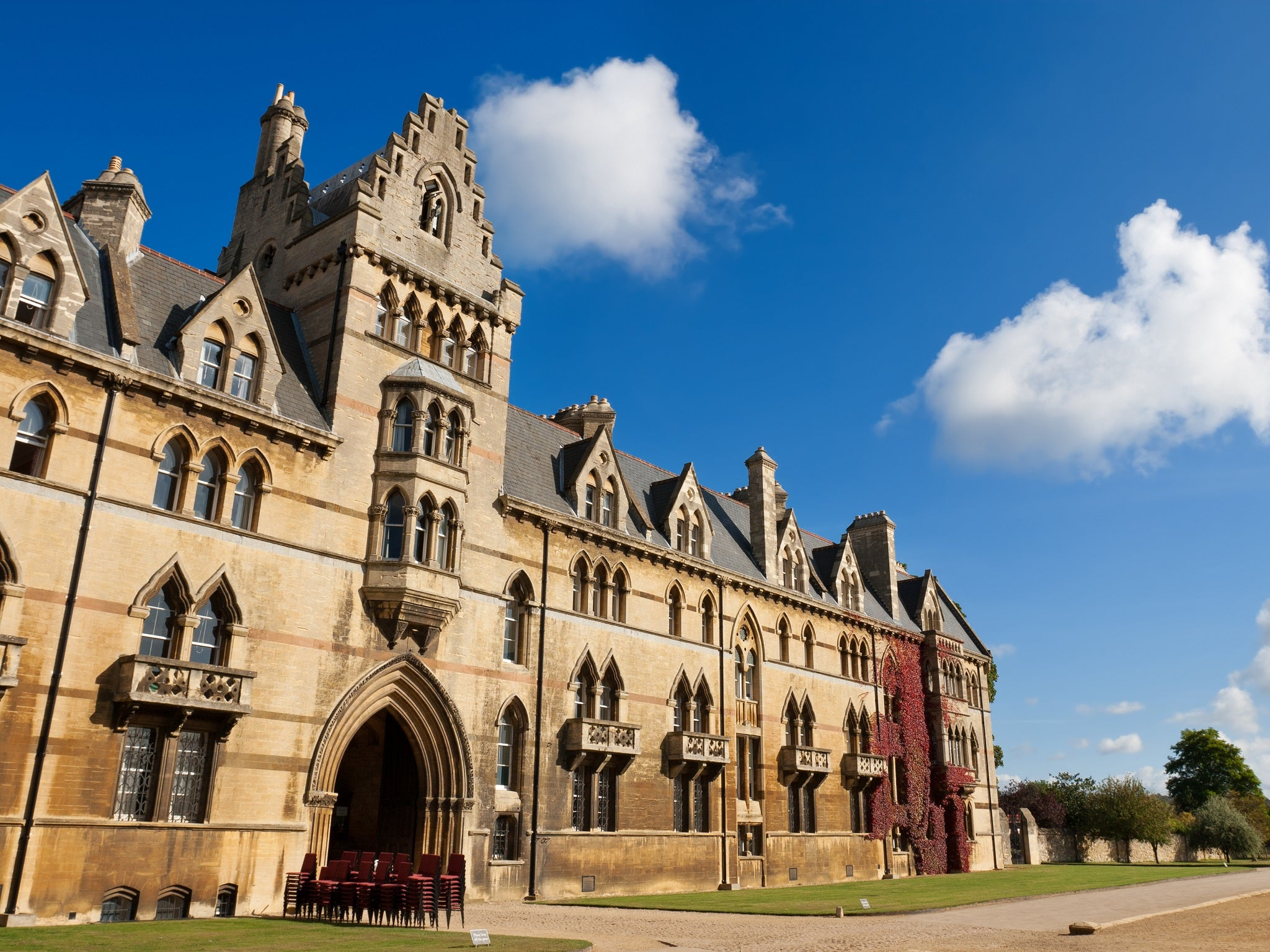 oxford university online dating The university of oxford (formally the chancellor masters and scholars of the university of oxford) is a collegiate research university located in oxford, england.