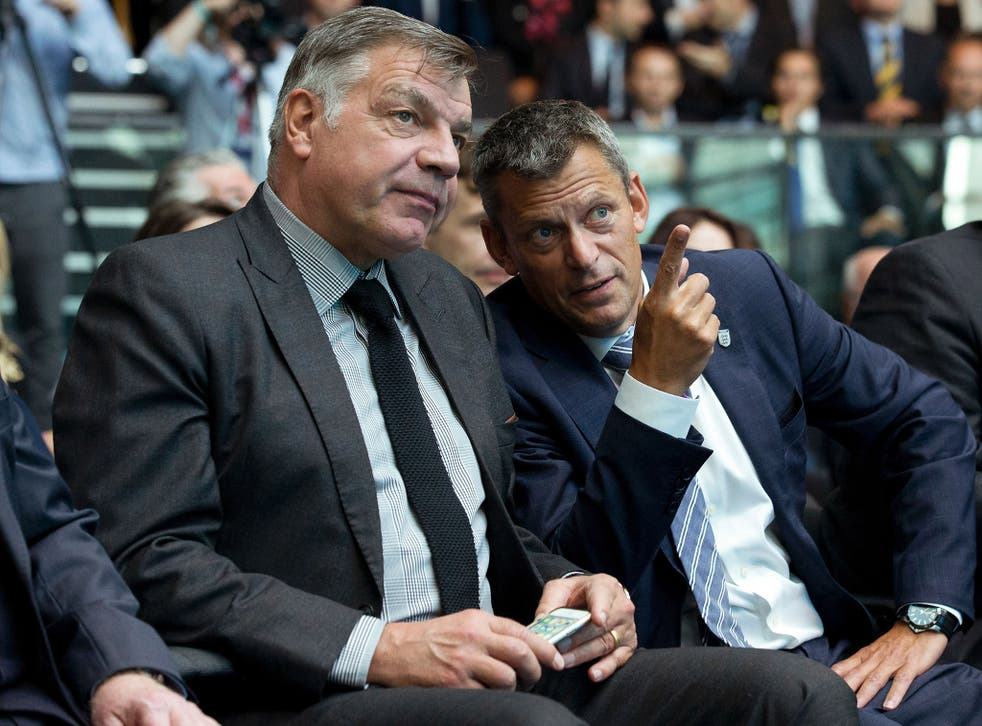 England manager Sam Allardyce speaks with FA chief executive Martin Glenn