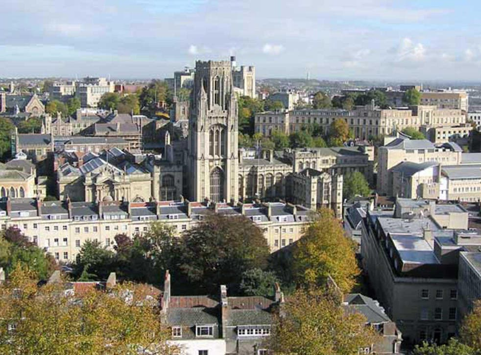 A controlled explosion was carried out at Bristol Unversity's chemistry block and there were no reported injuries