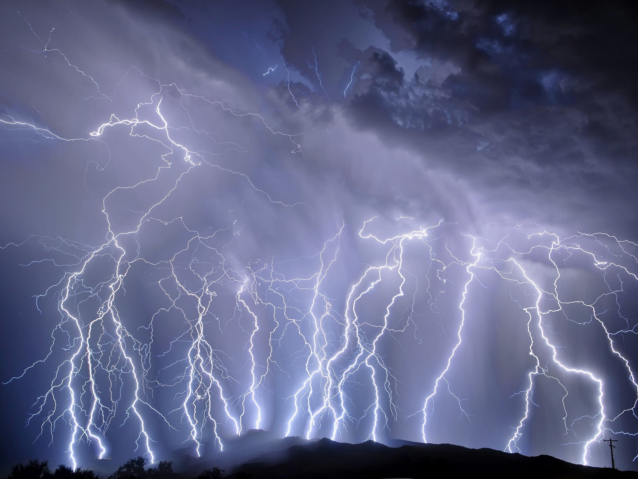 Two of the longest and biggest lightning strikes on earth recorded