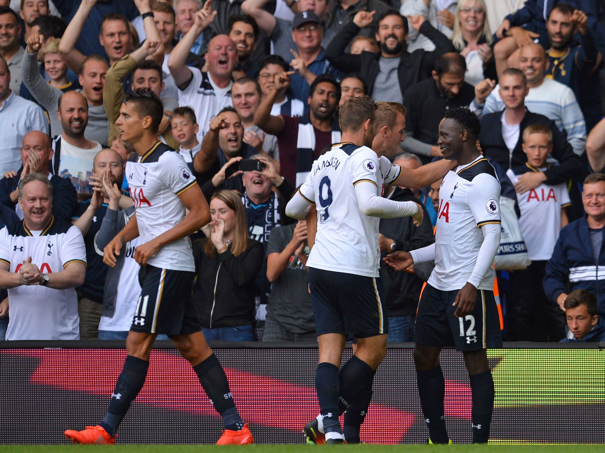 Tottenham fans pay tribute to Victor Wanyama's best tweet with new spaghetti-inspired chant