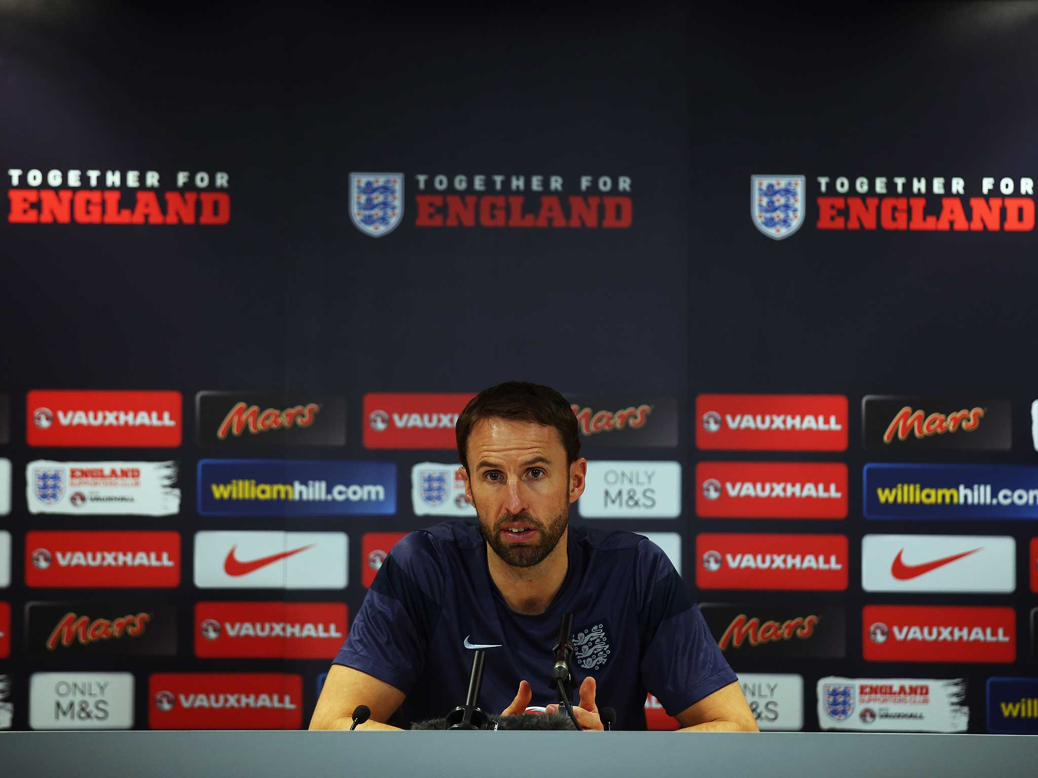 southgate senior singles Chelsea's senior players have kept reuben loftus-cheek in his place at the club, according to england manager gareth southgate.