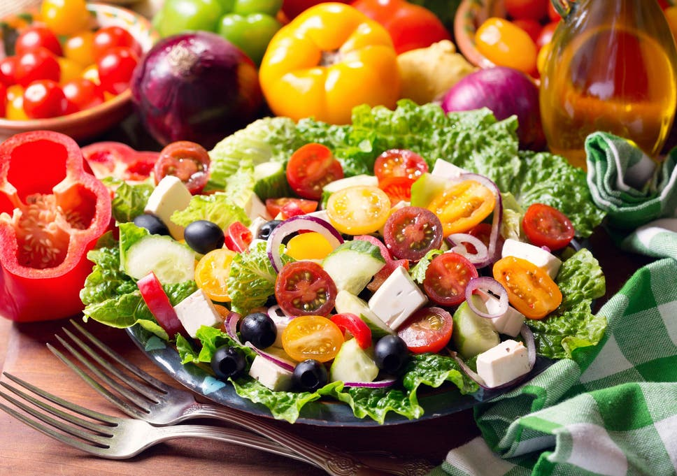 Eating a Mediterranean diet 'could help lower risk of heart