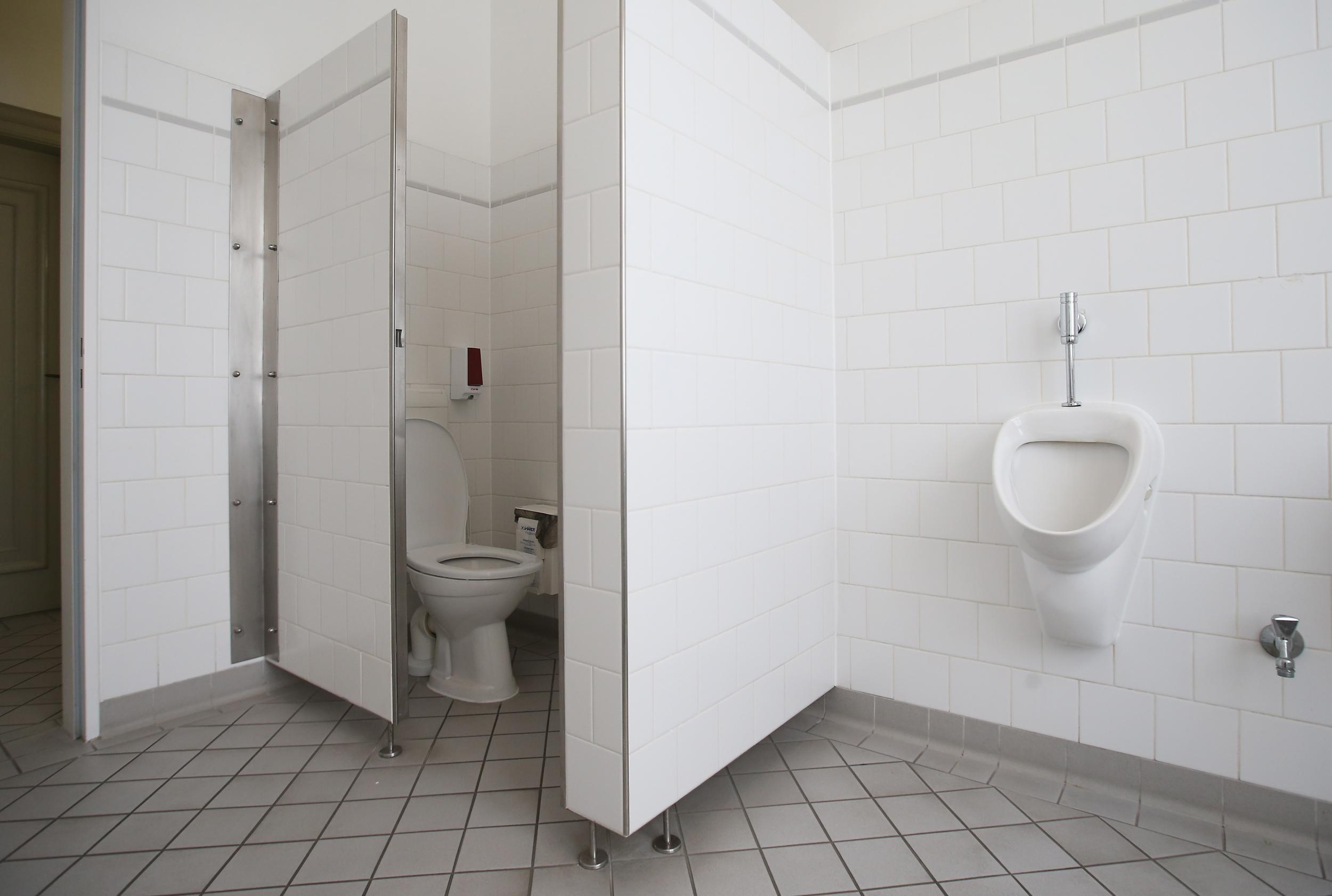 North Carolinas anti-trans bathroom law is ridiculous