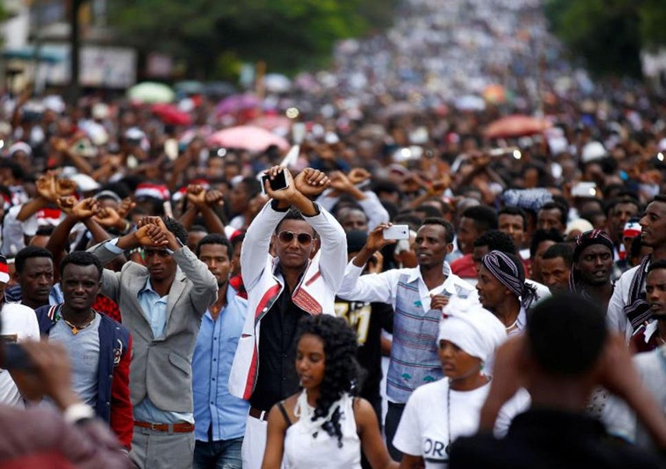 Ethiopia frees all political prisoners and closes notorious