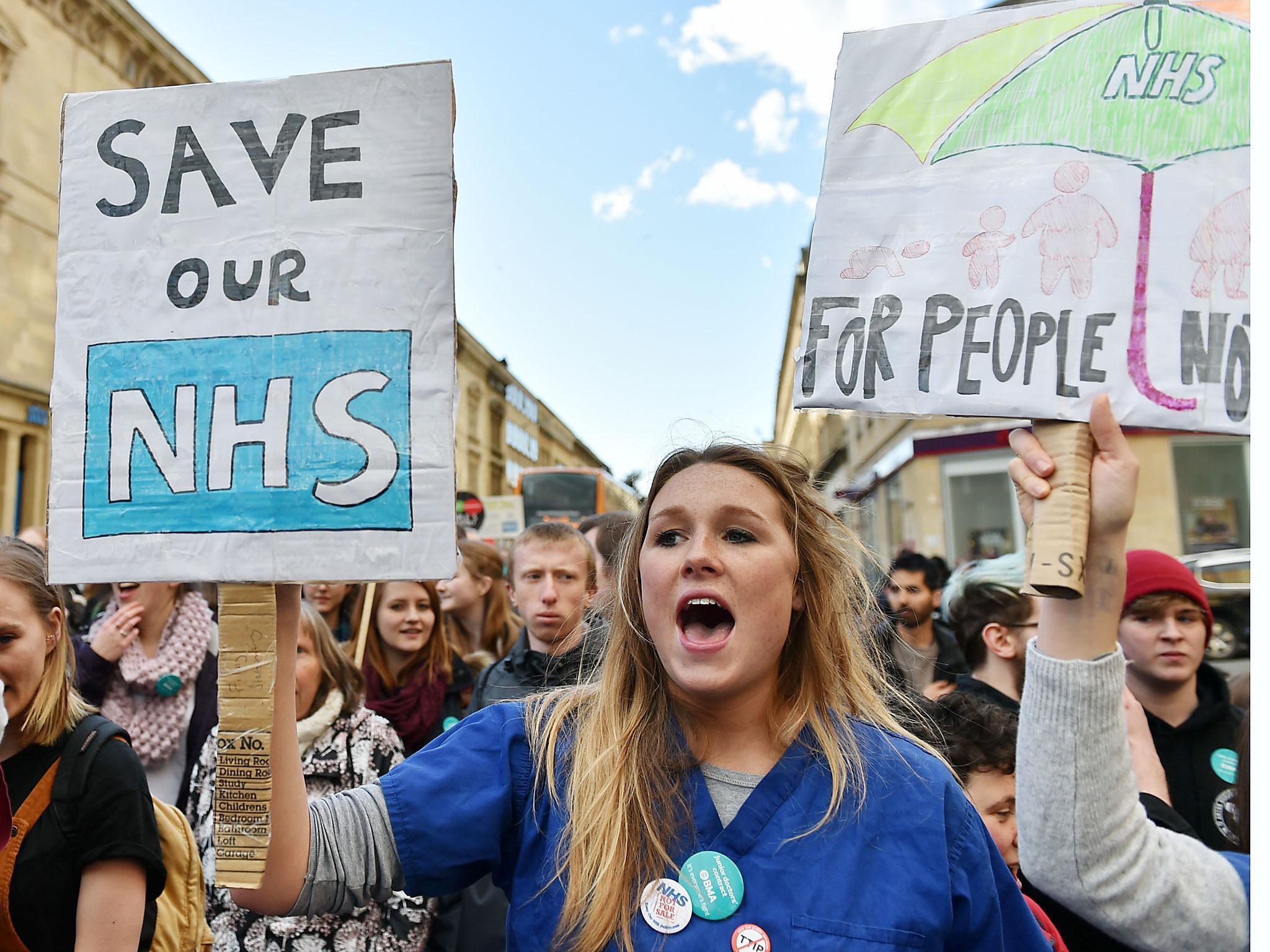 Morale crisis among NHS doctors 'puts patients at risk'