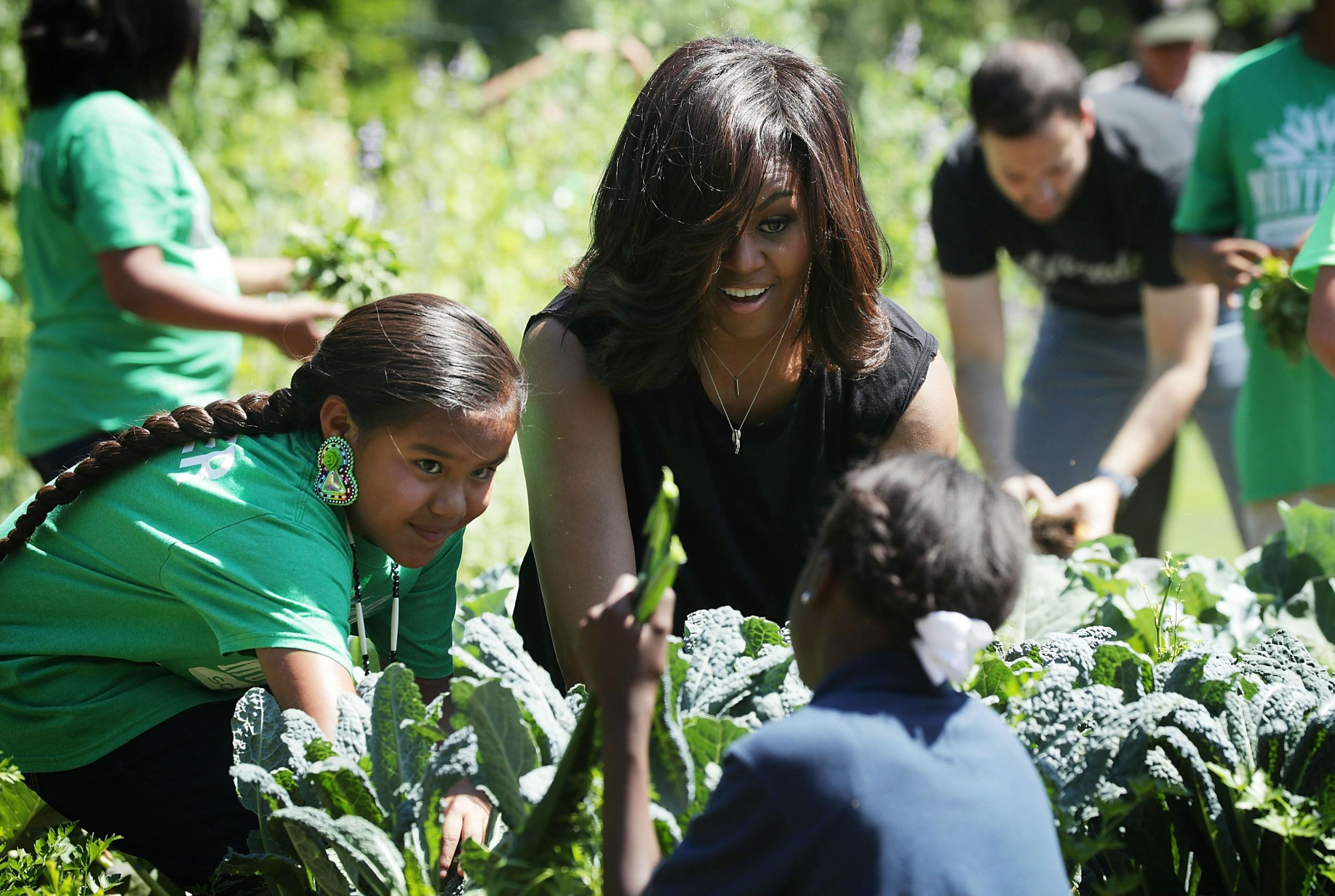 Michelle Obama Preserves White House Kitchen Garden In Stone And Says She Hopes Future