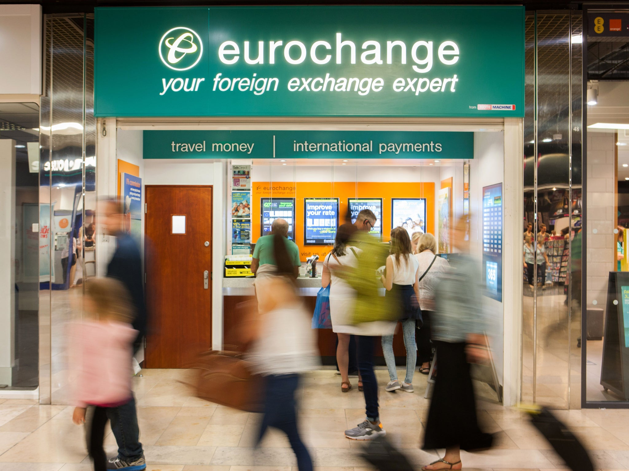 Pound Value Latest Flash Crash Takes Sterling Below One Euro At Airport Currency Exchanges The Independent