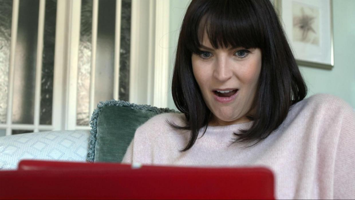 This woman wrote a formal rejection letter to men who sent her dick