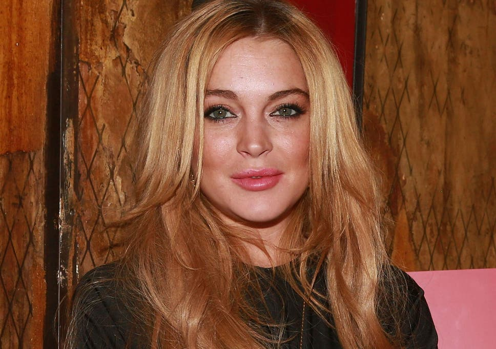 Lindsay Lohan speaks in bizarre, never heard before accent