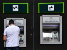 UK towns and villages are running out of banknotes