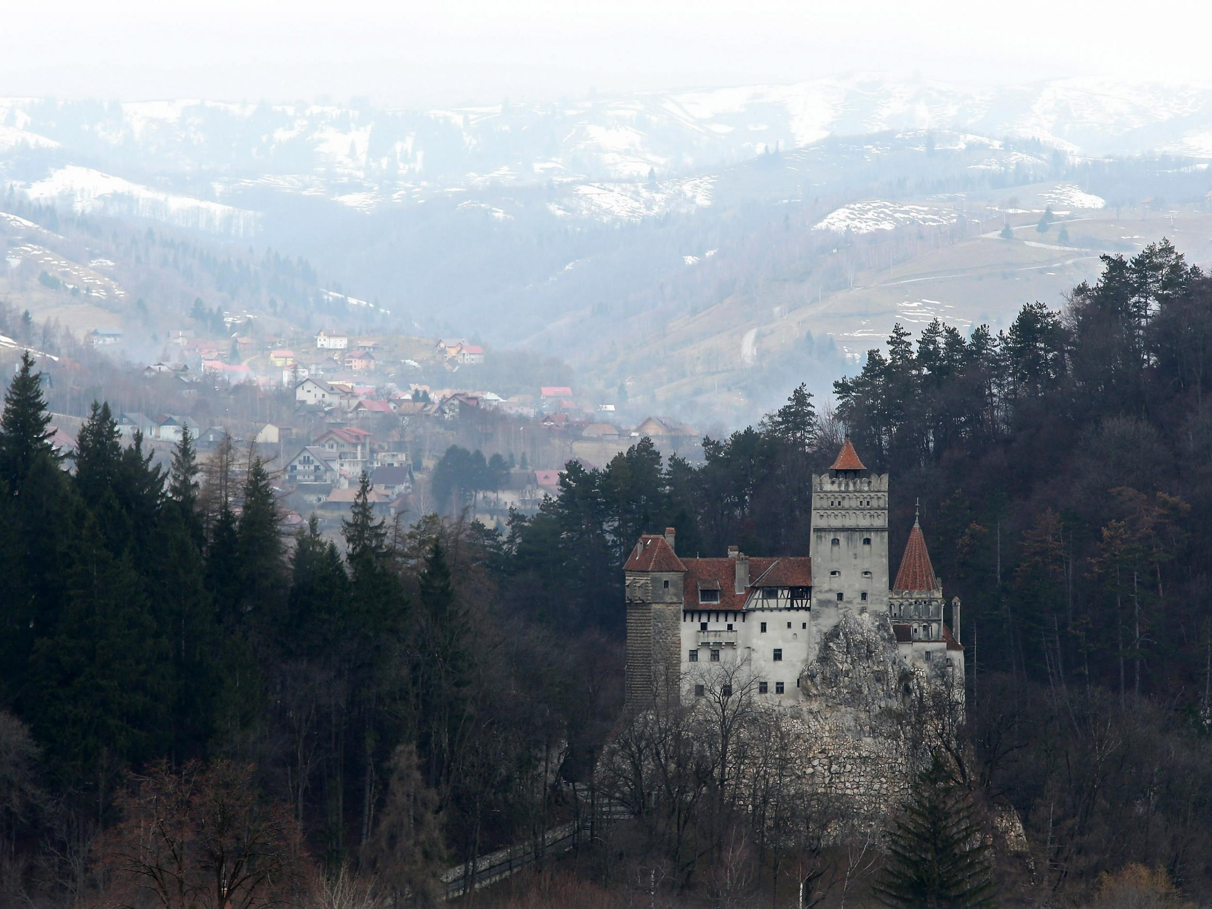 Charming Bran Castle: Draculau0027s Home To Be Rented Out Over Halloween   The  Independent Design Inspirations