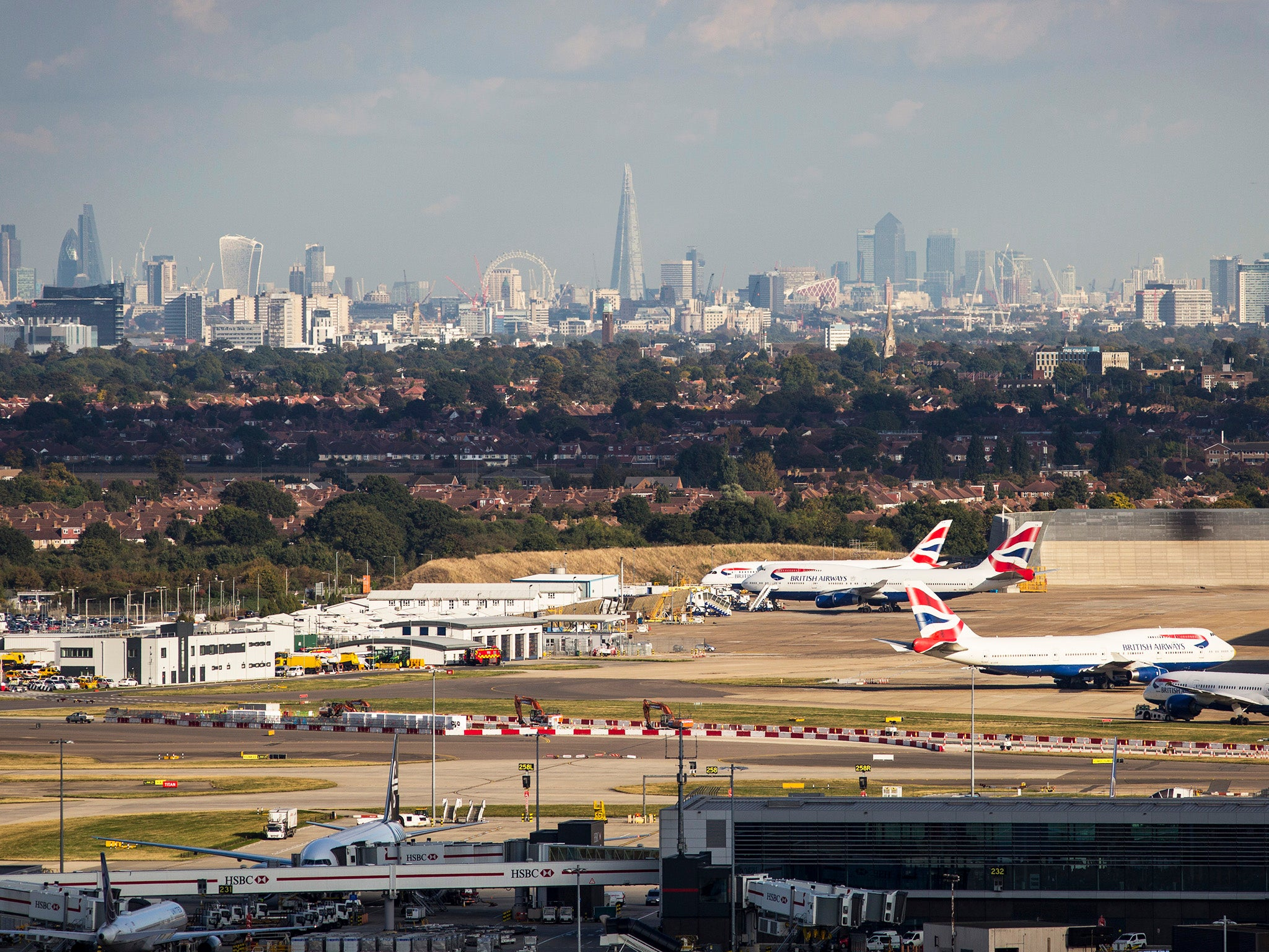 a third runway at london heathrow Our proposal for heathrow expansion sites the our plan for expansion with a third runway was recommended by nelson road, london heathrow airport.
