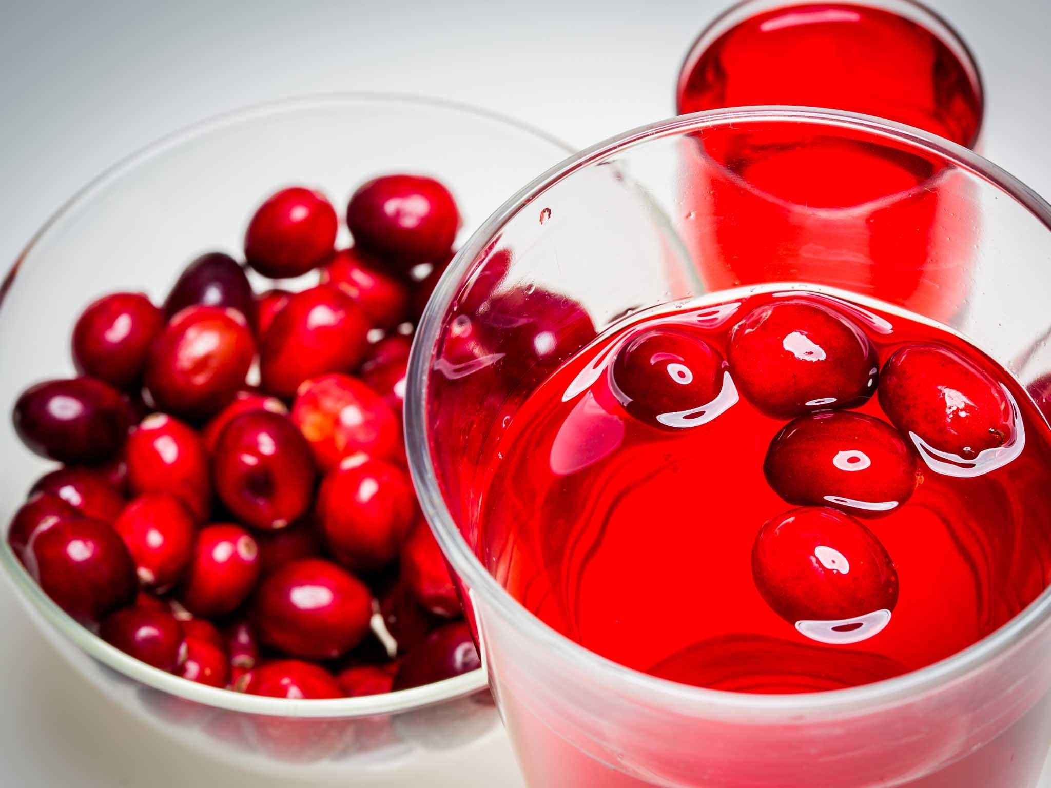 cranberry juice and uti Traditionally, cranberry has been used for the treatment and prophylaxis of urinary tract infections research suggests that its mechanism of action is preventing bacterial adherence to host cell .