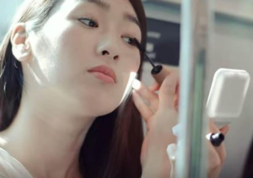 Japanese video says women who do their makeup on the train are 'ugly'