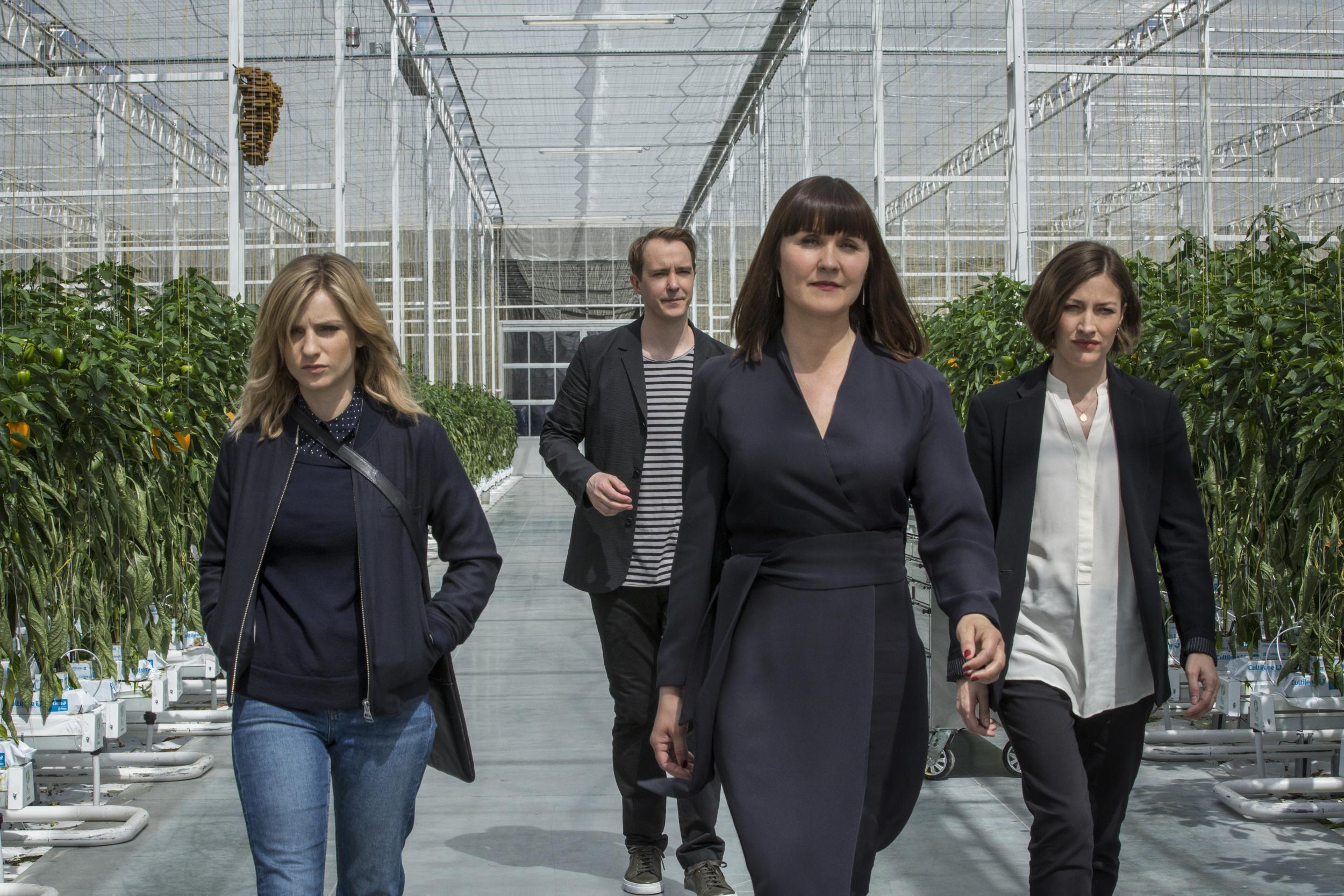 White Christmas Black Mirror Ending.Black Mirror Season 5 Smithereens Review A Thin Premise