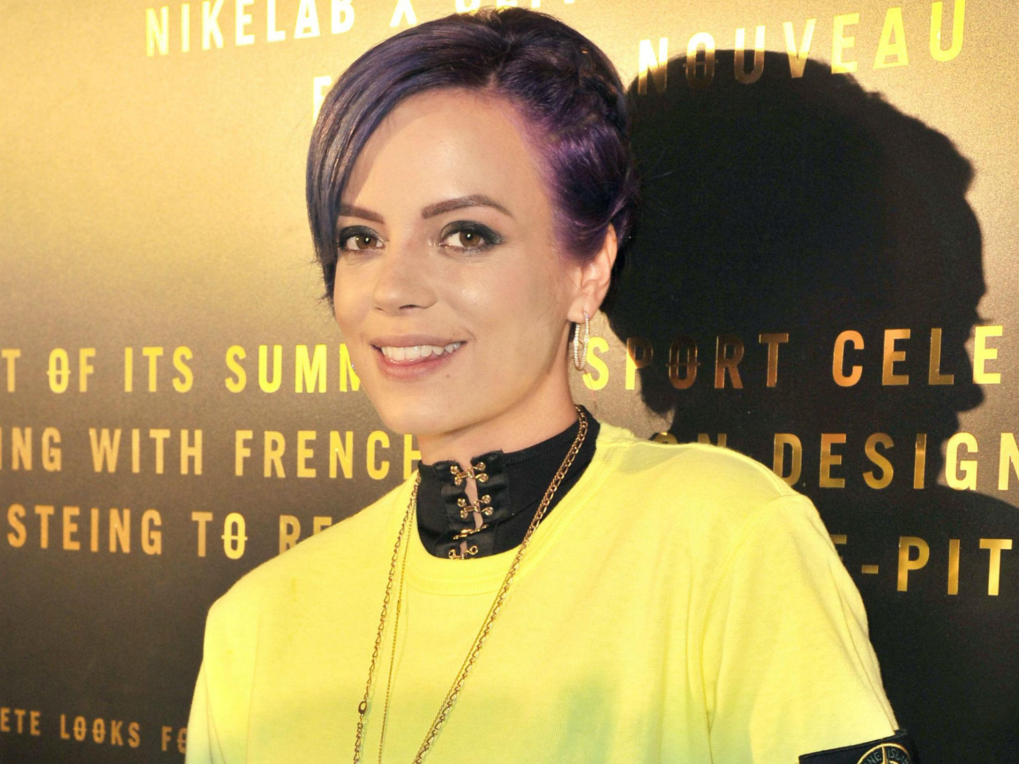 Lily Allen receives torrent of Twitter abuse after reporting a soldier to the MoD